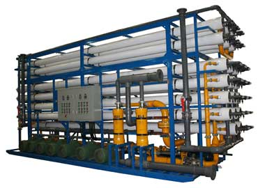 Industrial reverse osmosis system for seawater